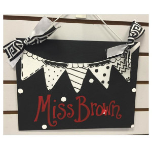 Black & White Pennant Personalized Board