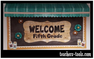 *Shabby Chalkboard Welcome Bulletin Board
